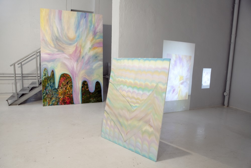 A Big Painting and a Small Painting, installation view